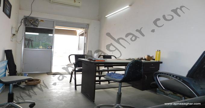 Shop |280 sq ft |Commercial |Dhakoli |Independent Floor |Independent House |Plot |Duplex|Flat| Villa| Mohali | Kharar | Chandigarh| Punjab | Zirakpur| Sunny Enclave | VIP Road |apnaaghar.com | 9781191177