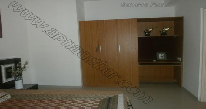 3 BHK flat with servant room 1417 sq ft 2nd floor of S+13 | Patiala Zirakpur Highway | Punjab | Apnaaghar.com
