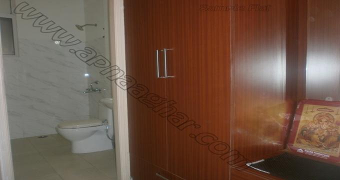 3 BHK flat with servant room 1417 sq ft 1st floor of S+13 | Patiala Zirakpur Highway | Punjab | Apnaaghar.com