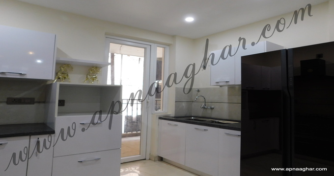 4 BHK 1945 sq ft |Independent Floor |Independent House |Plot |Duplex|Flat| Villa| Mohali | Kharar | VILLA| Chandigarh| Punjab | Zirakpur| Dhakoli |Sunny Enclave | VIP Road |apnaaghar.com | 9781191177 | 9781491177